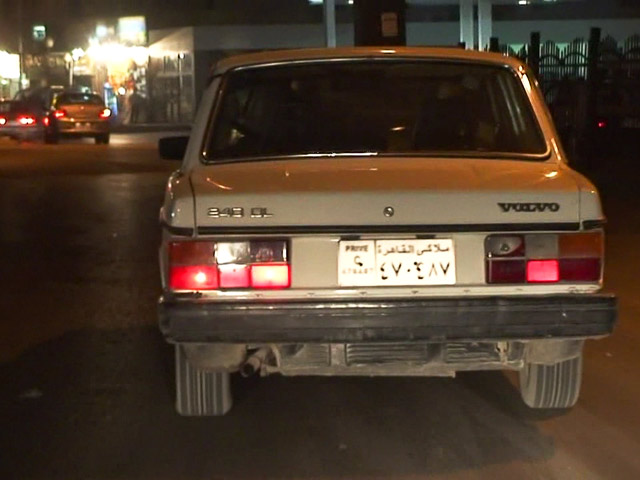 Volvo 240DL in Kairo